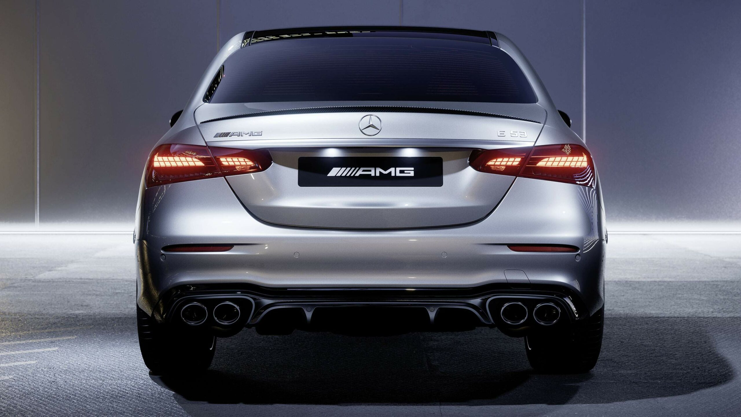 CAR-Avenue-Mercedes-AMG-Classe-E-Berline-01
