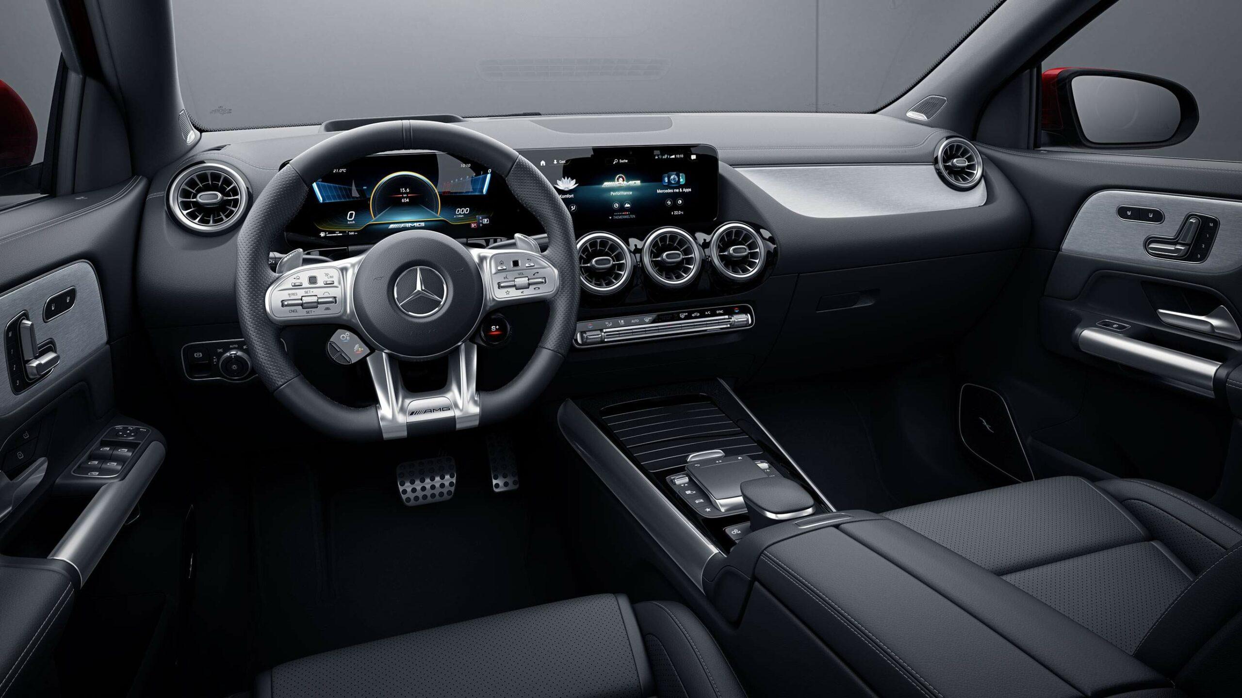 CAR-Avenue-Mercedes-AMG-GLA-SUV-02