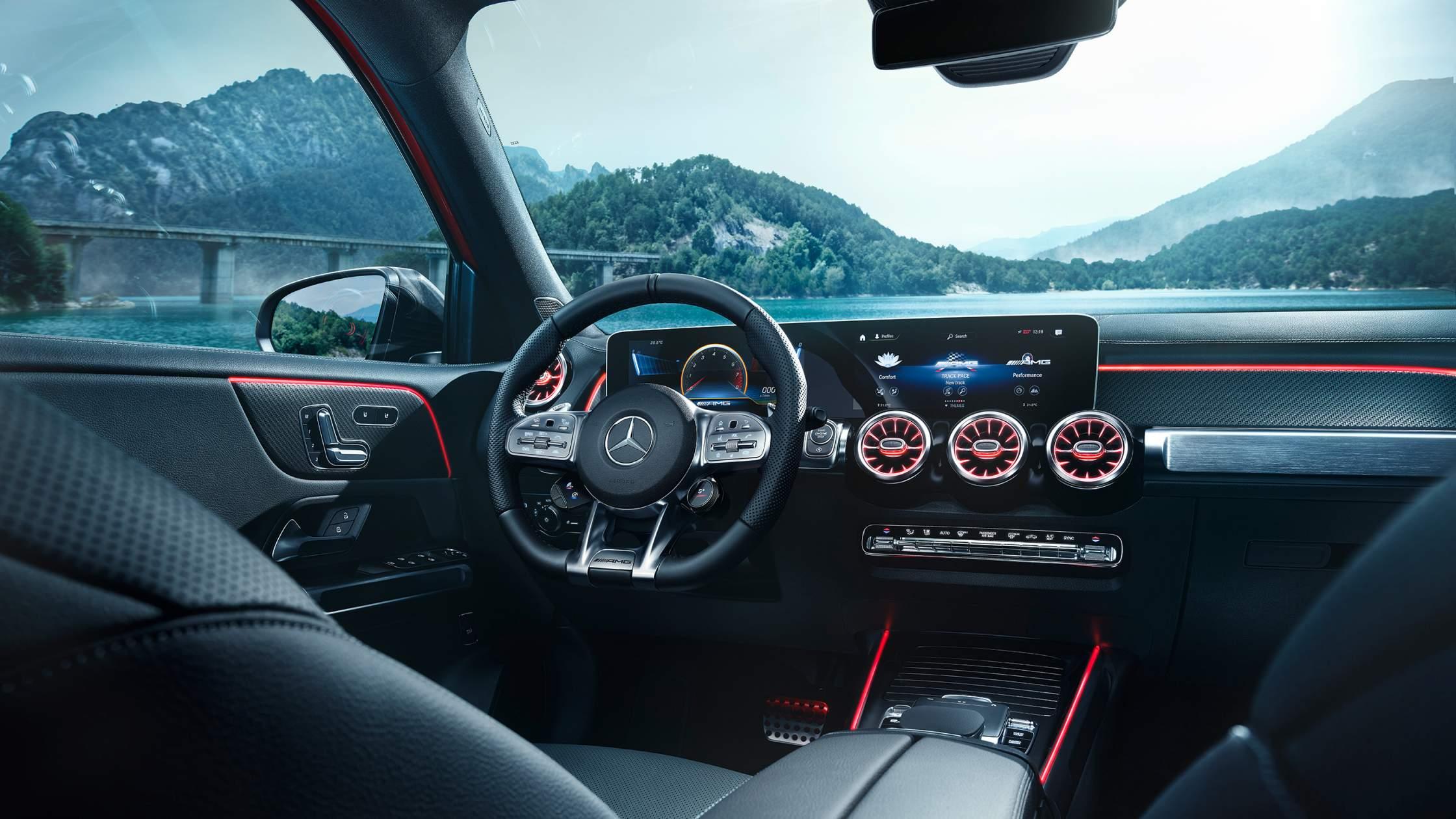 CAR-Avenue-Mercedes-AMG-GLB-SUV-04