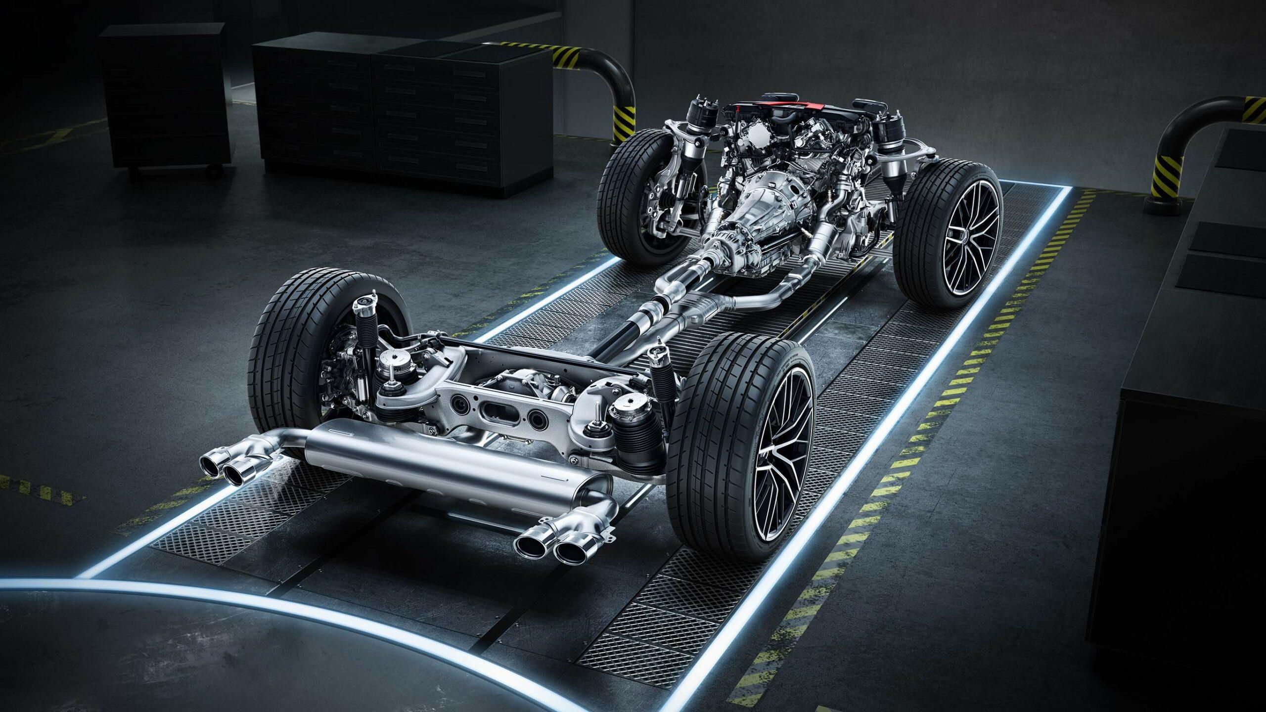 CAR-Avenue-Mercedes-AMG-GLC-SUV-02