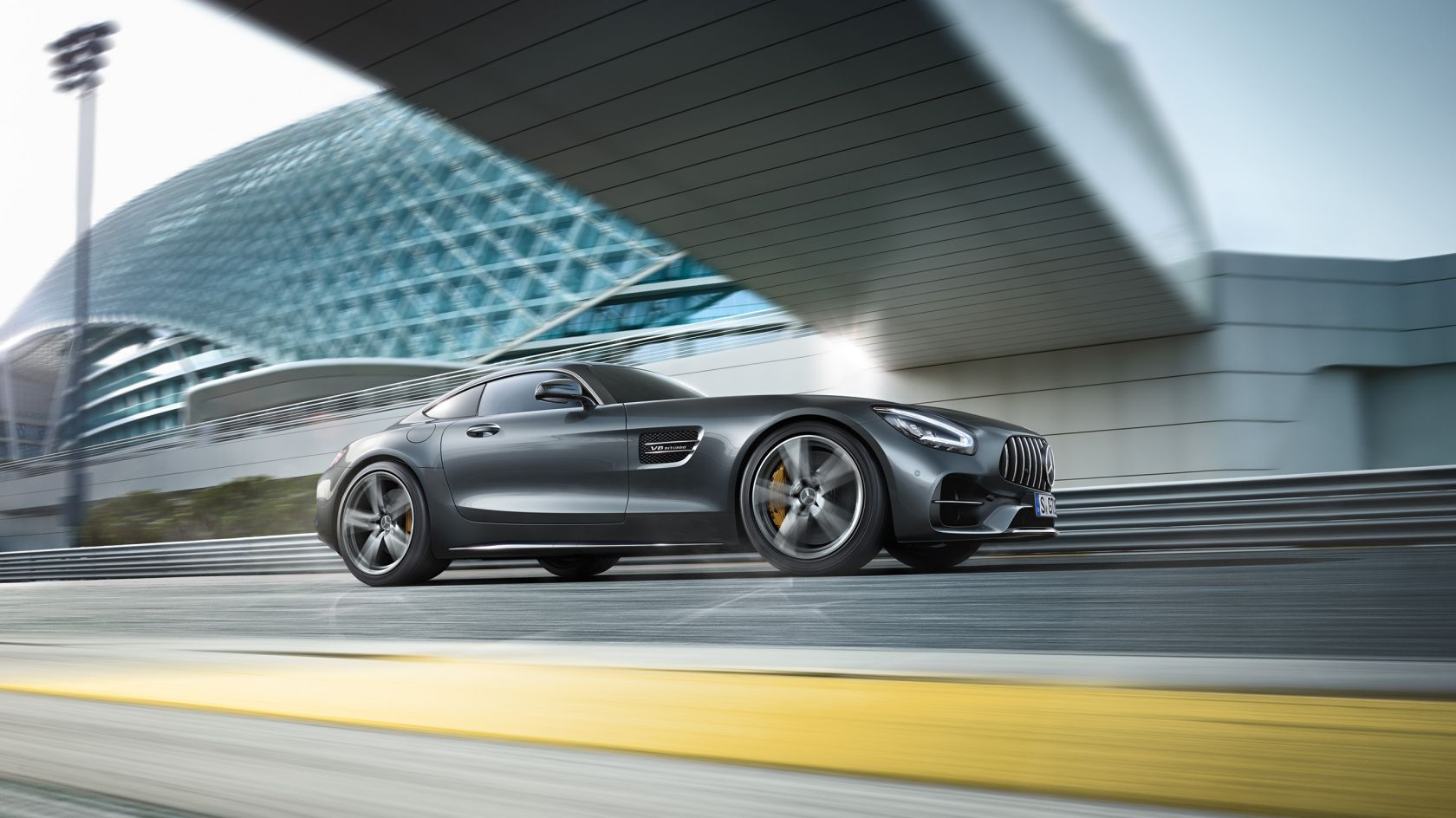CAR-Avenue-Mercedes-AMG-GT-Coupe-Roadster-01
