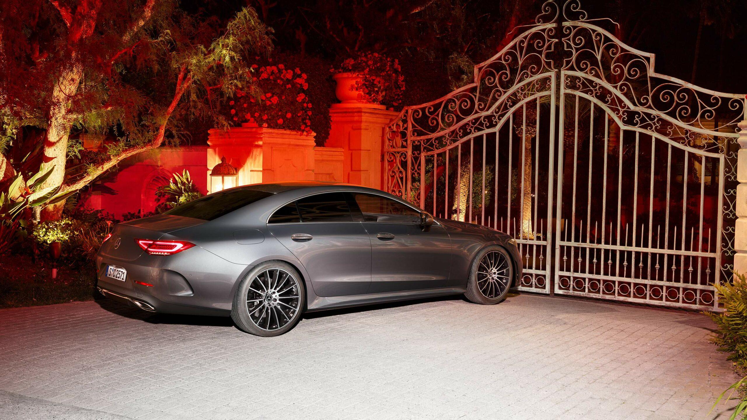 CAR-Avenue-Mercedes-Benz-CLS-Coupe-03