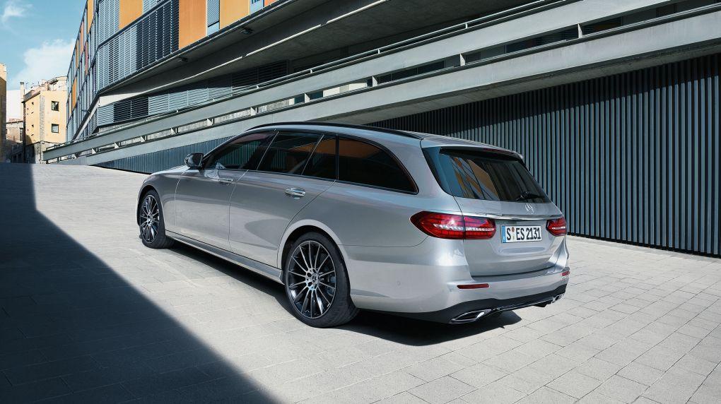 CAR-Avenue-Mercedes-Benz-Classe-E-Break-01