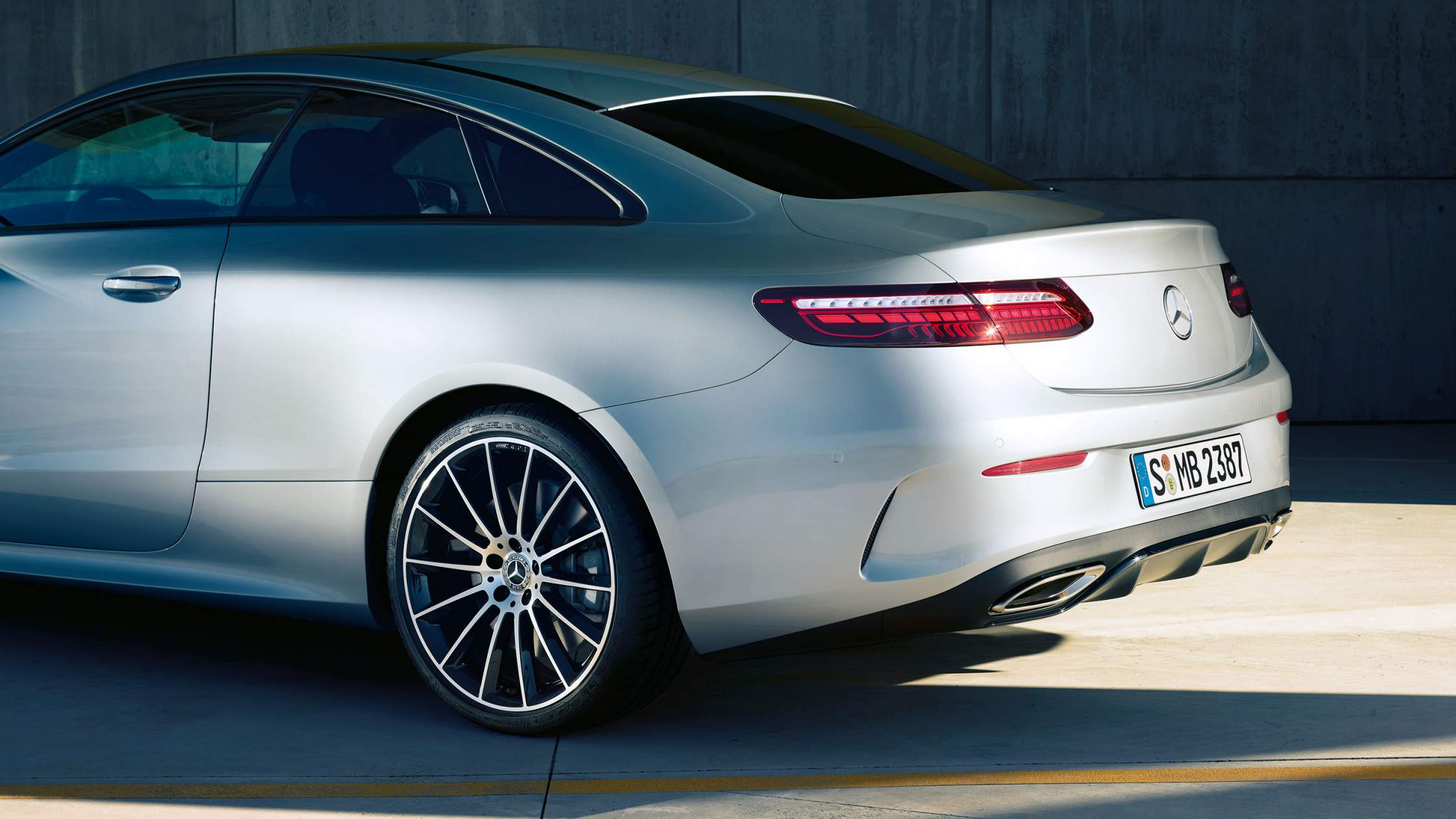 CAR-Avenue-Mercedes-Benz-Classe-E-Coupe-06
