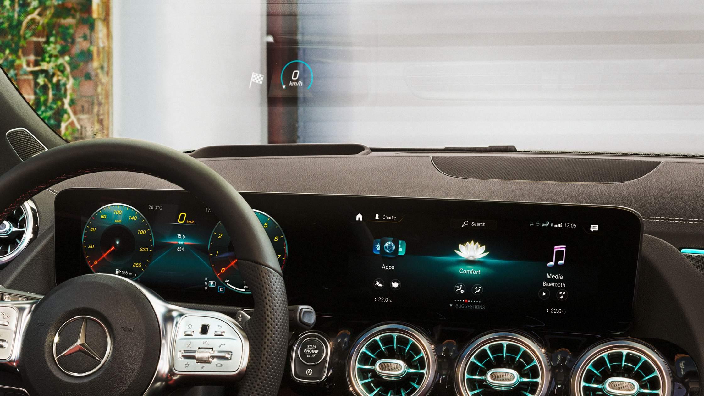 CAR-Avenue-Mercedes-Benz-GLA-SUV-04