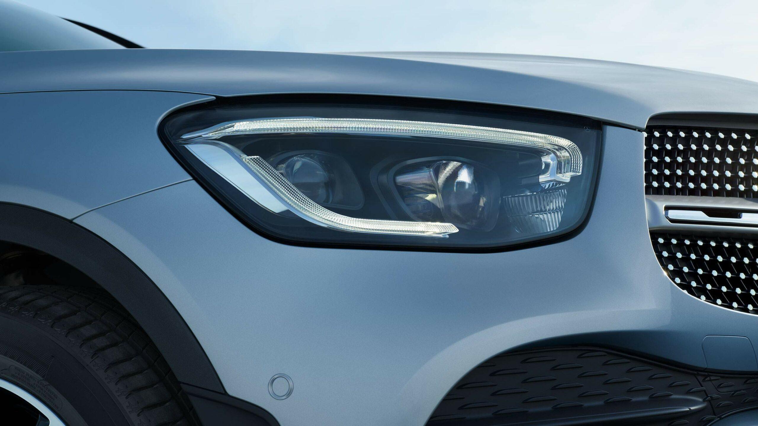 CAR-Avenue-Mercedes-Benz-GLC-Coupe-SUV-02