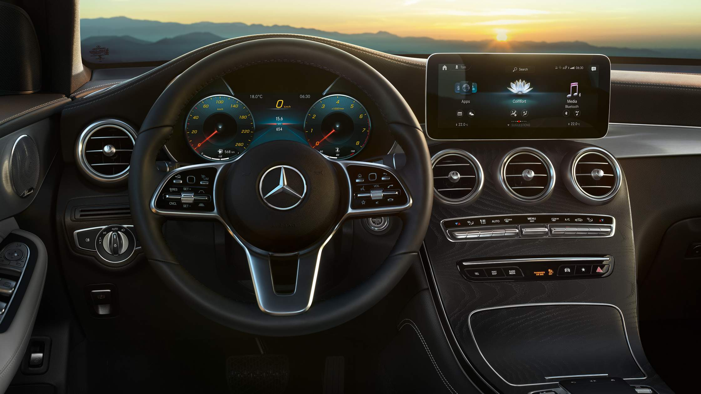 CAR-Avenue-Mercedes-Benz-GLC-SUV-04