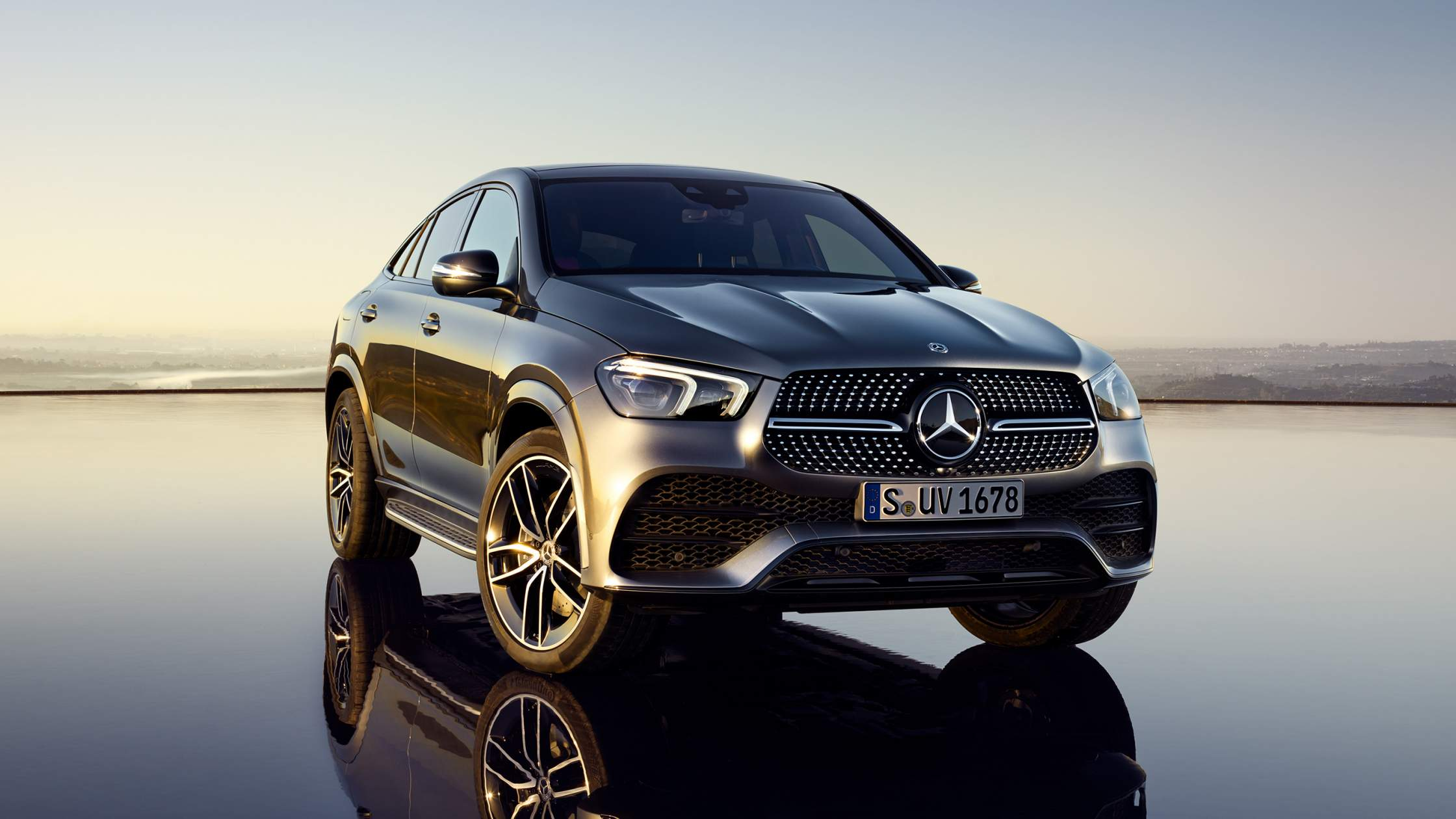 CAR-Avenue-Mercedes-Benz-GLE-Coupe-SUV-02
