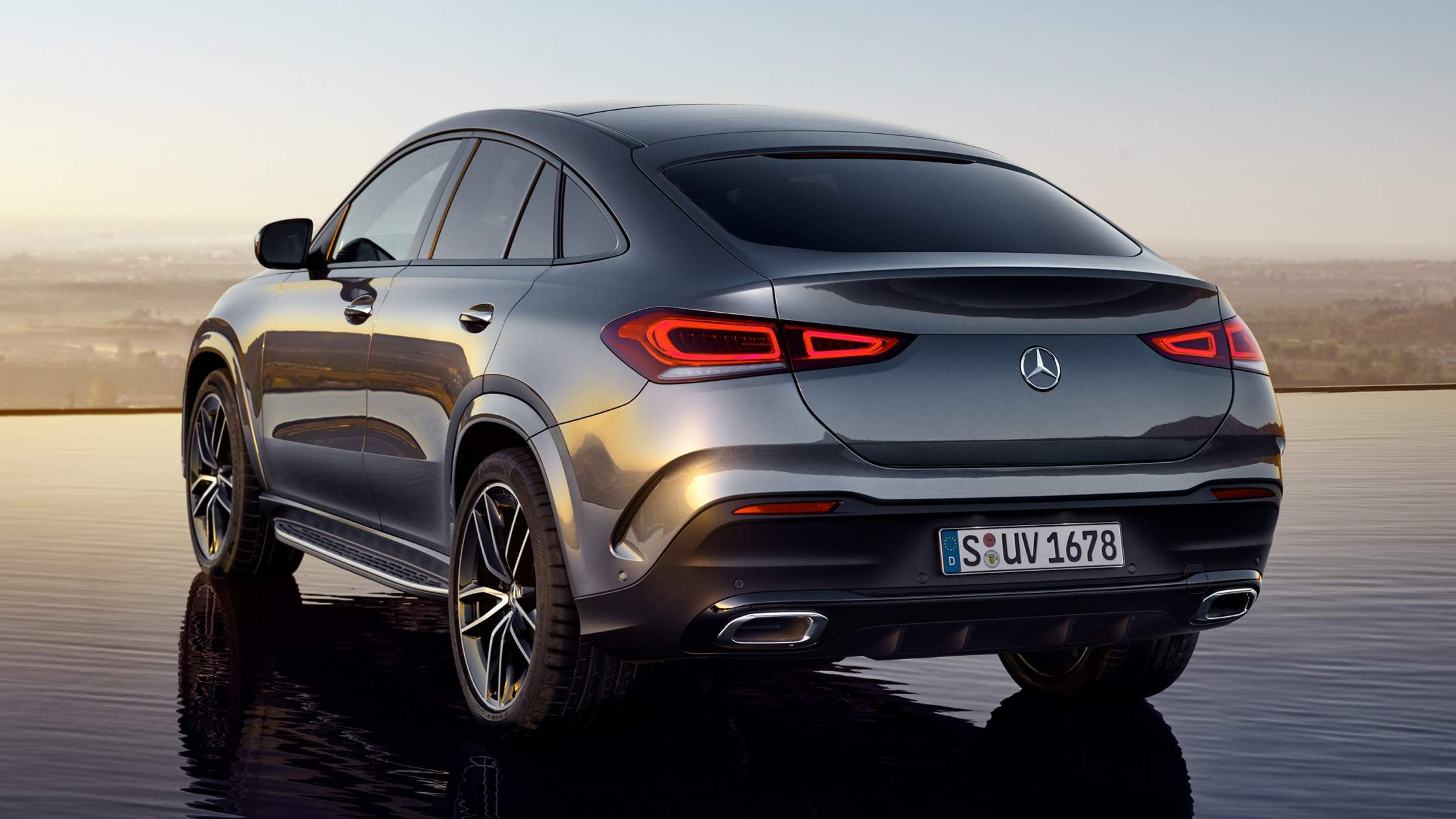 CAR-Avenue-Mercedes-Benz-GLE-Coupe-SUV-04