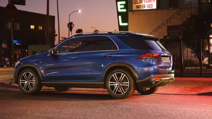 CAR-Avenue-Mercedes-Benz-GLE-SUV-03