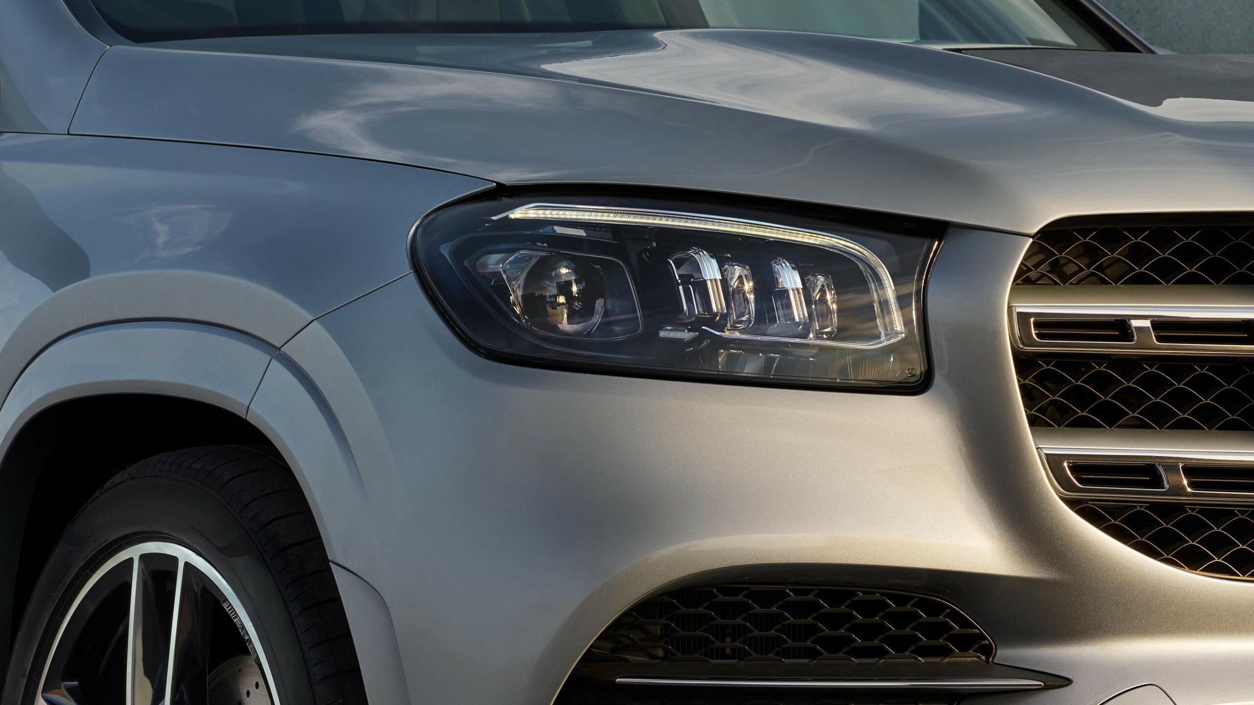 CAR-Avenue-Mercedes-Benz-GLS-SUV-02