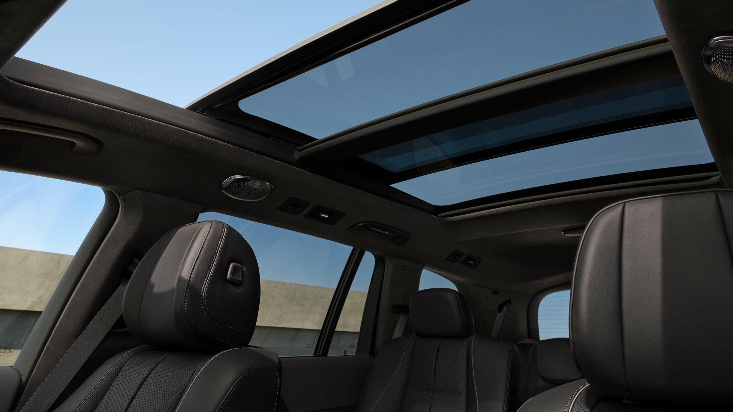 CAR-Avenue-Mercedes-Benz-GLS-SUV-04