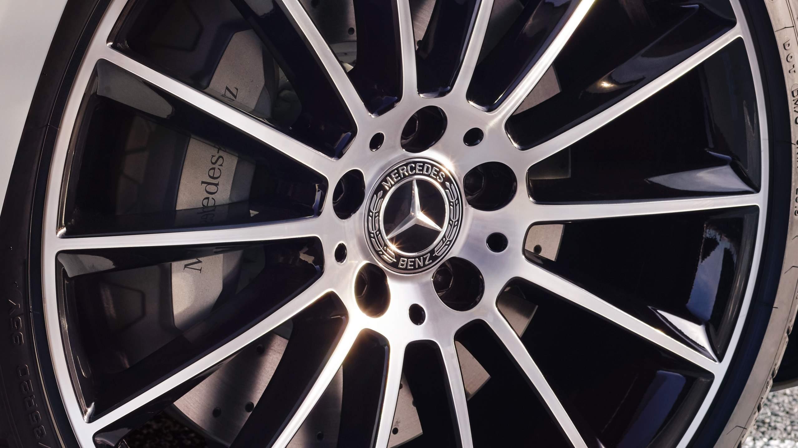 CAR-Avenue-Mercedes-E-Cabriolet-02