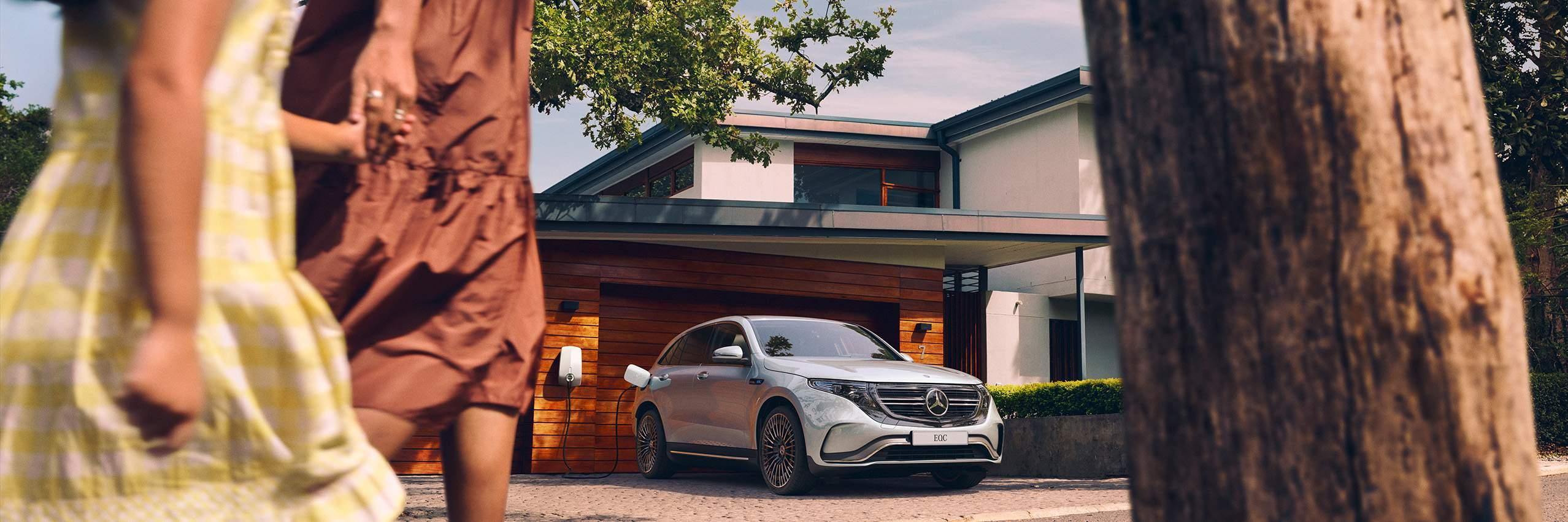CAR-Avenue-Mercedes-EQC-SUV-07