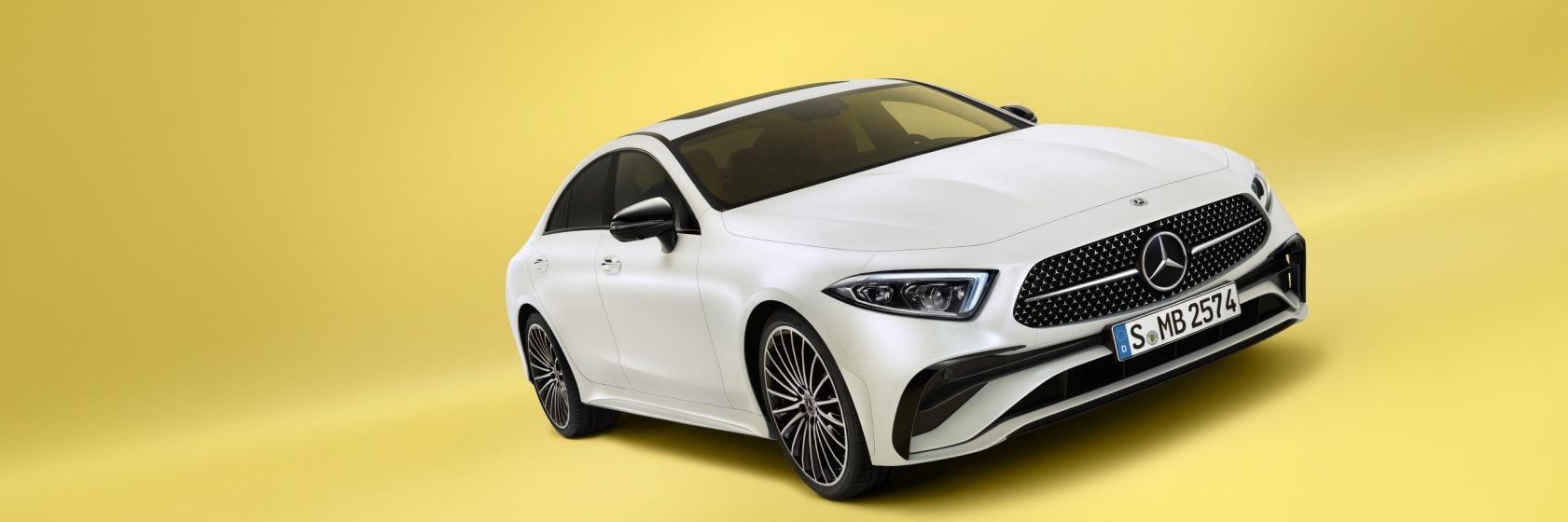 Mercedes-Benz-cls-coupe-2021-yellow