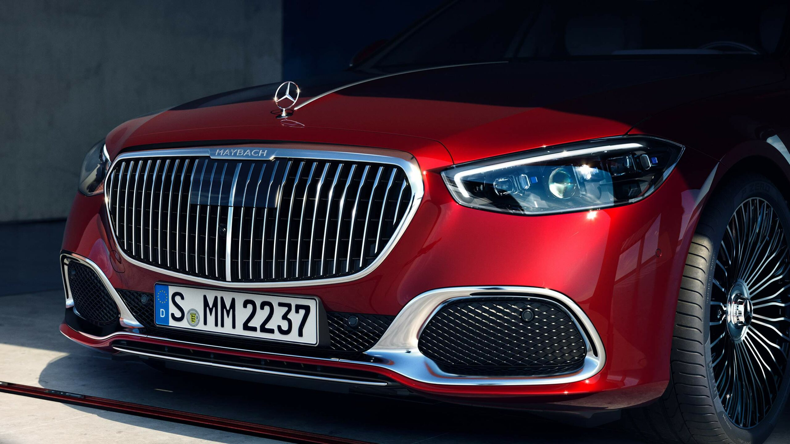 Mercedes-Classe-S-Maybach-01